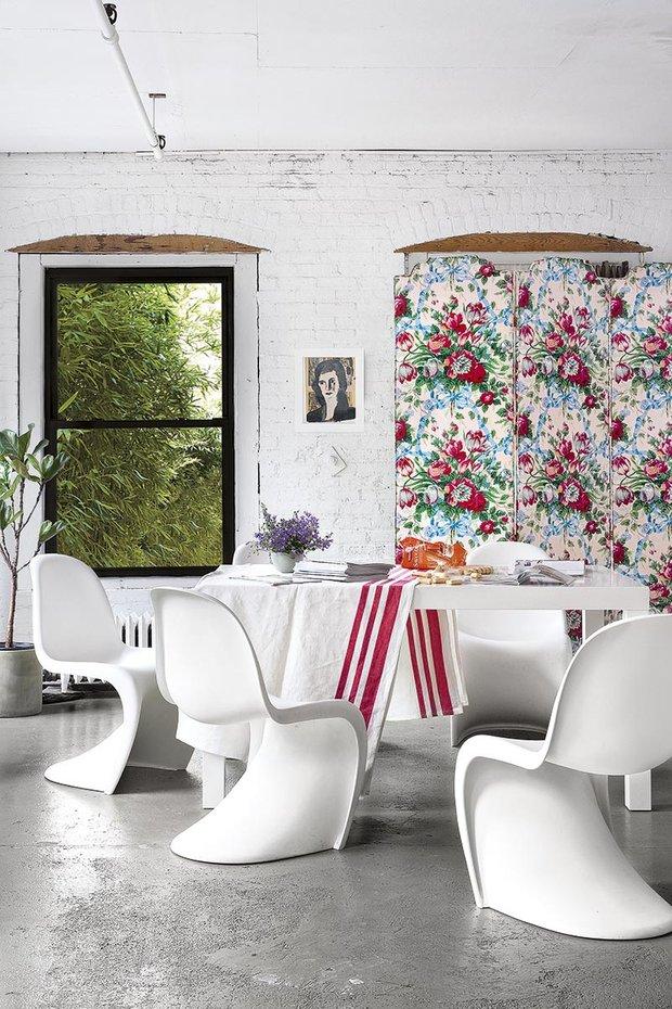 Фотография: Кухня и столовая в стиле Лофт, Эклектика, Декор интерьера, Квартира, Аксессуары, Мебель и свет – фото на INMYROOM