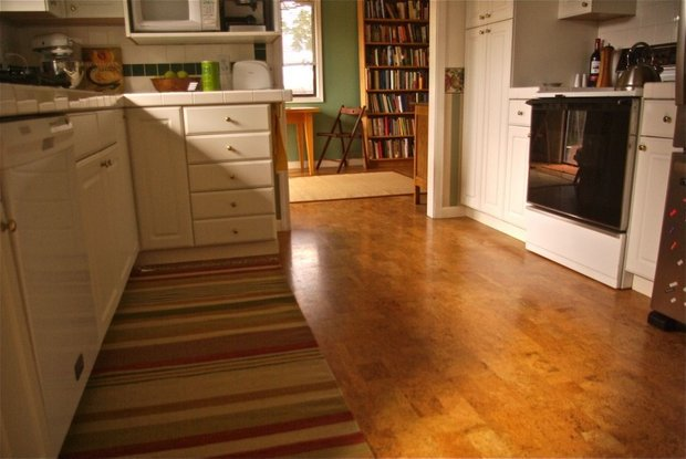 Фотография: Кухня и столовая в стиле Современный, Стиль жизни, Советы, Пол – фото на INMYROOM