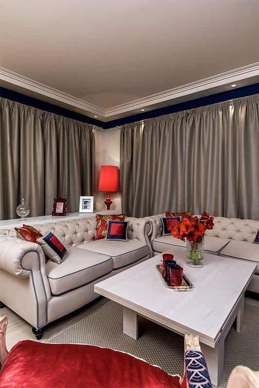 Фотография: Гостиная в стиле Классический, Современный, Эклектика, Декор интерьера, Интерьер комнат, Тема месяца – фото на INMYROOM