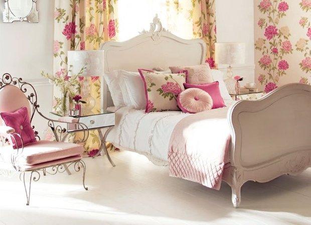 Фотография:  в стиле , Спальня, Декор интерьера, Советы, Hoff, освещение в спальне, ошибки в дизайне спальни, система хранения в спальне, как расставить мебель в спальне – фото на INMYROOM