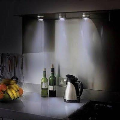 Фотография: Кухня и столовая в стиле Лофт, Декор интерьера, Мебель и свет, Светильник – фото на InMyRoom.ru