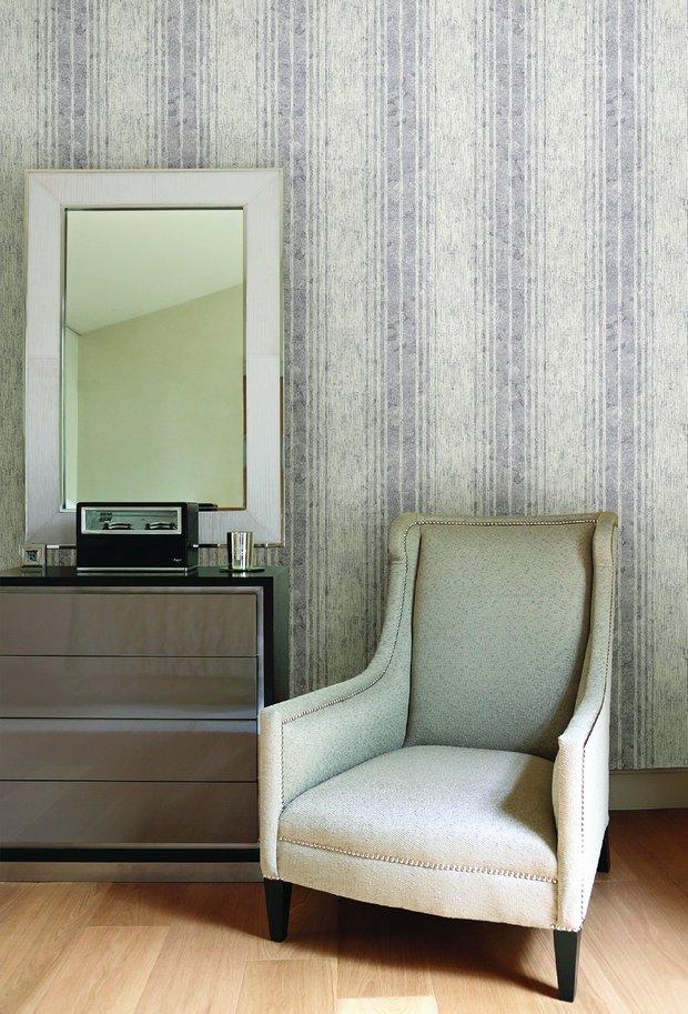 Фотография: Спальня в стиле Прованс и Кантри, Гостиная, Интерьер комнат, Картины, Зеркало – фото на INMYROOM