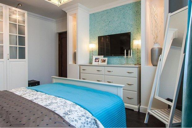 Фотография: Спальня в стиле Современный, Ремонт на практике, жидкие обои – фото на INMYROOM