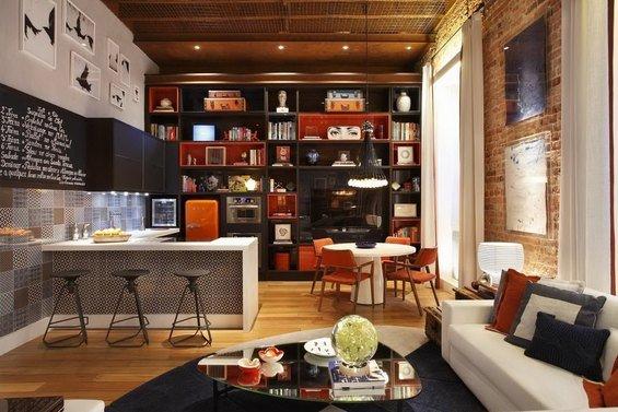 Фотография: Кухня и столовая в стиле Лофт, Квартира, Дома и квартиры, Стеллаж, Барная стойка – фото на INMYROOM