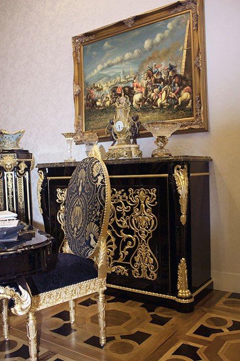 Фотография: Декор в стиле Классический, Современный, Artemide, Flos, PROVASI, Индустрия, События, Маркет, Мягкая мебель, Missoni, Пэчворк, Porada, LLADRO – фото на INMYROOM
