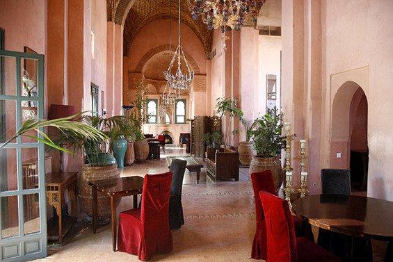 Фотография: Гостиная в стиле Восточный, Дома и квартиры, Городские места – фото на INMYROOM