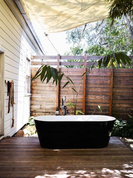 Фотография: Ванная в стиле Прованс и Кантри, Дома и квартиры, Интерьеры звезд – фото на INMYROOM