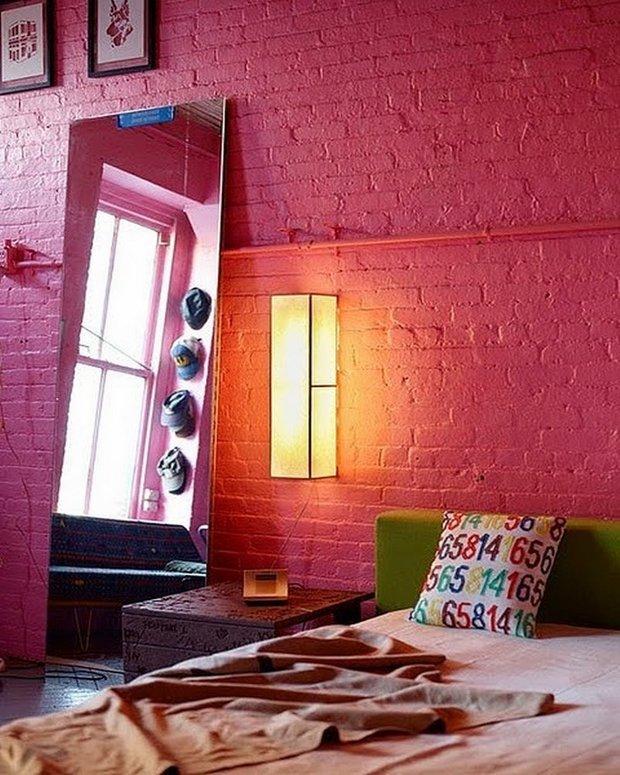 Фотография: Спальня в стиле Лофт, Прованс и Кантри, Скандинавский, Декор, Советы, Ремонт на практике, кирпич в интерьере, покраска кирпичной стены, кирпичная стена, кирпичная стена в интерьере, краска для кирпичной стены – фото на INMYROOM