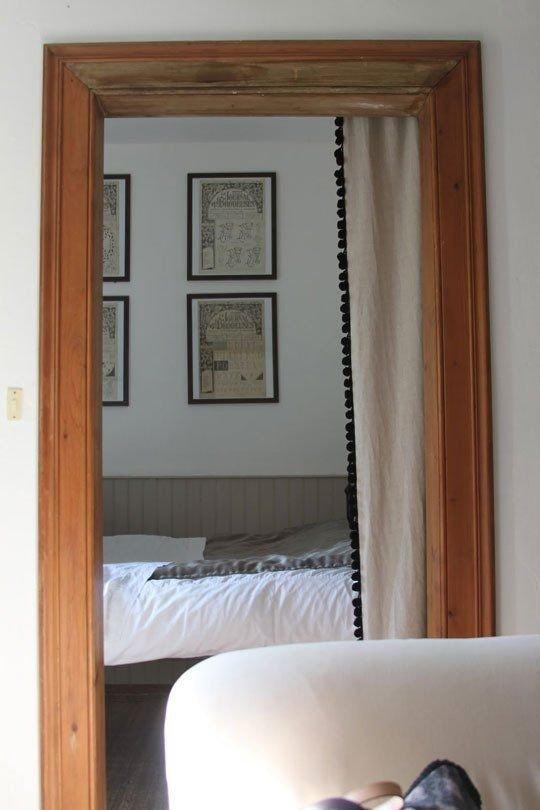 Фотография: Спальня в стиле , Декор интерьера, Текстиль, Советы, Шторы, Балдахин – фото на INMYROOM