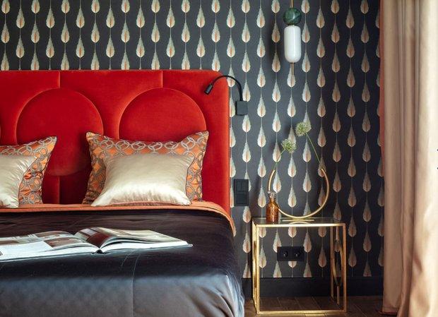 Фотография: Спальня в стиле Современный, Ремонт на практике, как поклеить обои, обои в интерьере – фото на INMYROOM