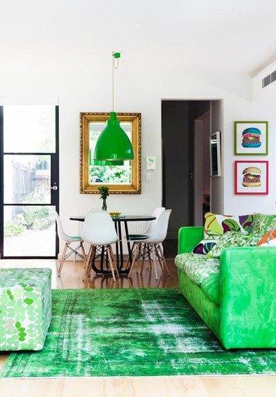 Фотография: Гостиная в стиле Современный, Декор интерьера, Дом, Цвет в интерьере, Дома и квартиры, Стены – фото на INMYROOM