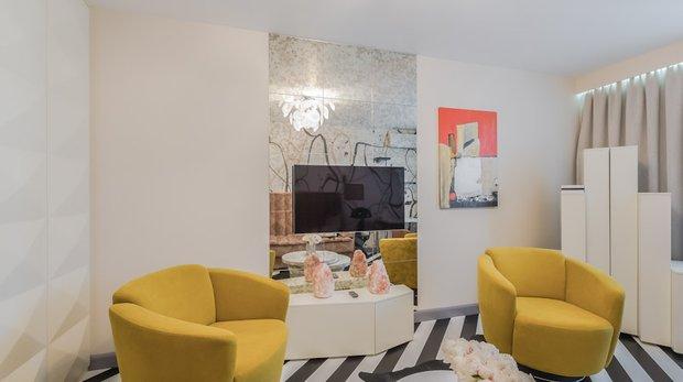 Фотография: Гостиная в стиле Современный, Декор интерьера, Интерьер комнат, Хрущевка – фото на INMYROOM