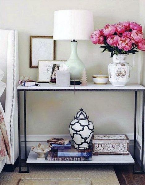 Фотография: Аксессуары в стиле Прованс и Кантри, Спальня, Декор интерьера, Мебель и свет, Стол – фото на INMYROOM