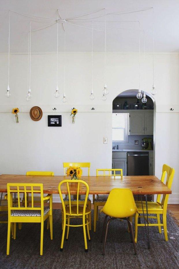 Фотография: Кухня и столовая в стиле Прованс и Кантри, Лофт, Декор интерьера, Дизайн интерьера, Цвет в интерьере, Желтый – фото на InMyRoom.ru