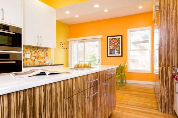 Фотография: Гостиная в стиле Классический, Кухня и столовая, Декор интерьера, Квартира, Дом, Декор, Оранжевый – фото на INMYROOM