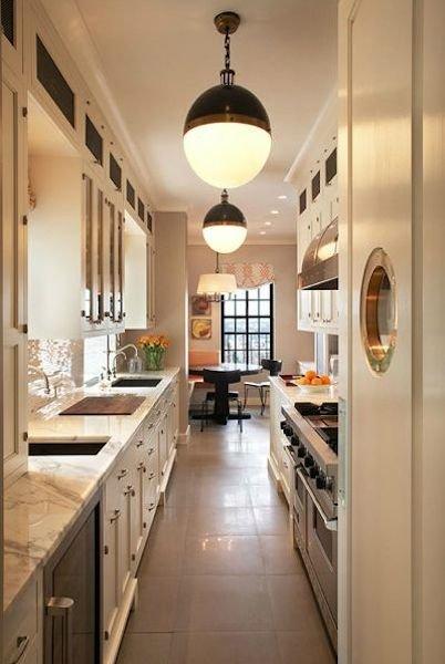Фотография: Кухня и столовая в стиле Прованс и Кантри, Современный, Декор интерьера, Декор дома, Кухонный остров – фото на INMYROOM