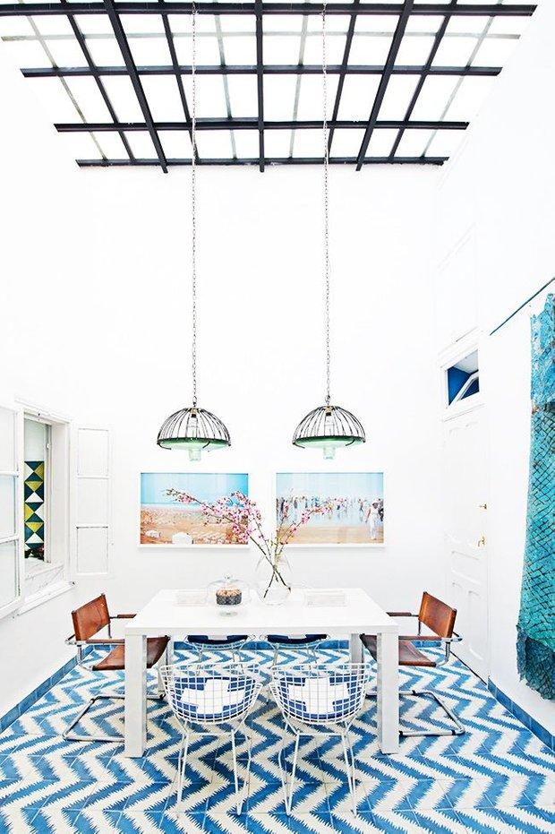 Фотография: Кухня и столовая в стиле Лофт, Декор интерьера, Дизайн интерьера, Декор, Цвет в интерьере, Морской – фото на INMYROOM