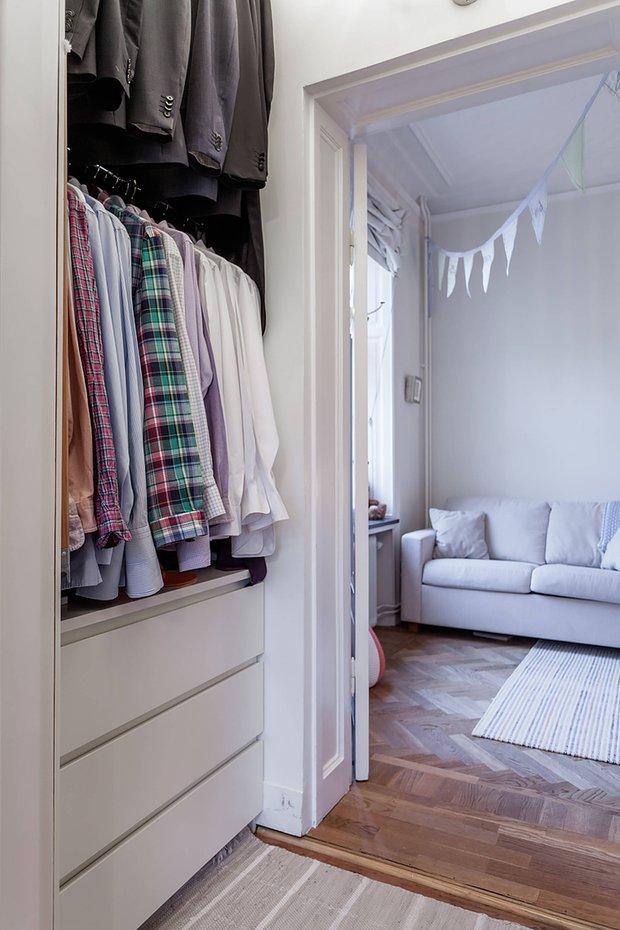 Фотография: Гардеробная в стиле Скандинавский, Декор интерьера, Квартира – фото на INMYROOM