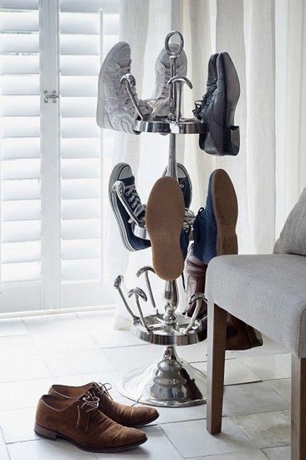 Фотография:  в стиле Современный, Прихожая, Интерьер комнат, Системы хранения – фото на INMYROOM