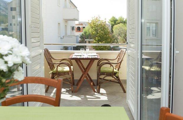 Фотография: Балкон в стиле Современный, Советы, Est-a-tet, купить квартиру в новостройке, покупка квартиры, сэкономить на покупке квартиры, как сэкономить на покупке квартиры – фото на INMYROOM