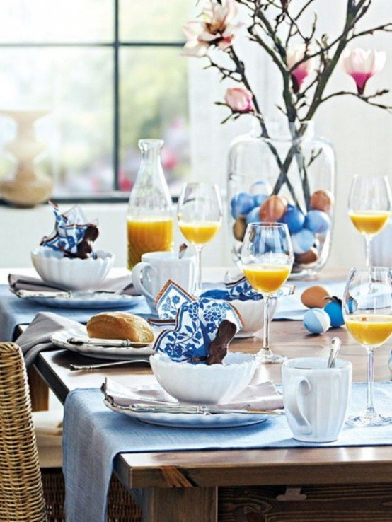 Фотография: Декор в стиле Современный, Декор интерьера, Праздник, Цветы, Стол – фото на INMYROOM