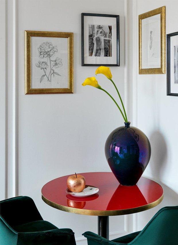 Фотография: Кухня и столовая в стиле Современный, Советы, как сделать интерьер светлее, темная квартира, Ксения Мезенцева – фото на INMYROOM
