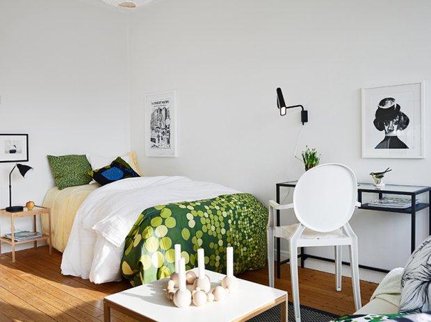 Фотография: Спальня в стиле Скандинавский, Малогабаритная квартира, Квартира, Швеция, Дома и квартиры, Минимализм – фото на INMYROOM