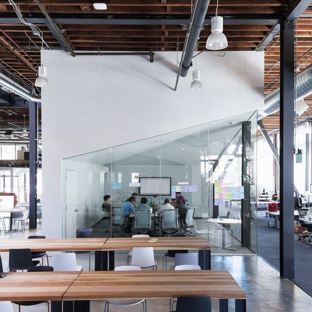 Фотография: Офис в стиле Лофт, Офисное пространство, Дома и квартиры, Проект недели – фото на INMYROOM
