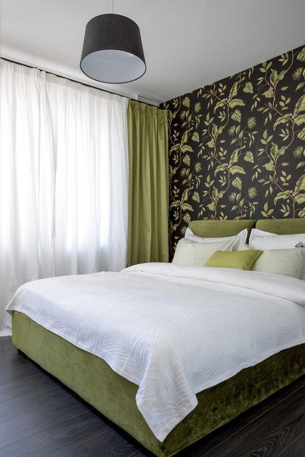 Фотография: Спальня в стиле Современный, Декор интерьера, DIY, Малогабаритная квартира, Квартира, Белый, Бежевый, Серый – фото на INMYROOM