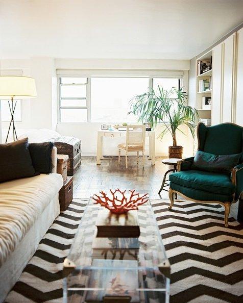 Фотография: Гостиная в стиле Эклектика, Декор интерьера, Дом, Декор, Декор дома – фото на INMYROOM