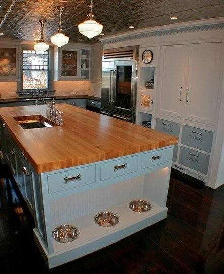 Фотография: Кухня и столовая в стиле Прованс и Кантри, Стиль жизни, Советы, Табурет – фото на INMYROOM