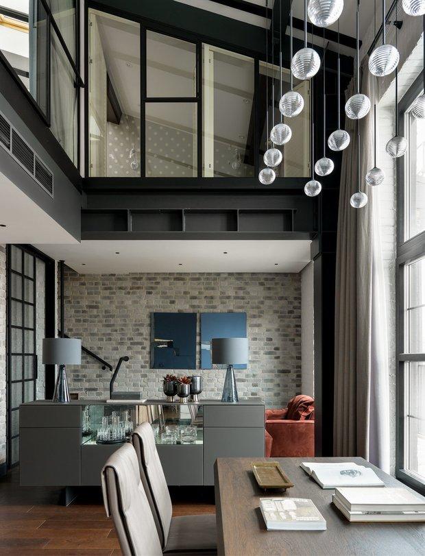 Фотография:  в стиле , Ремонт на практике, антресольные спальни, антресольный этаж, Алексей Паршин – фото на INMYROOM