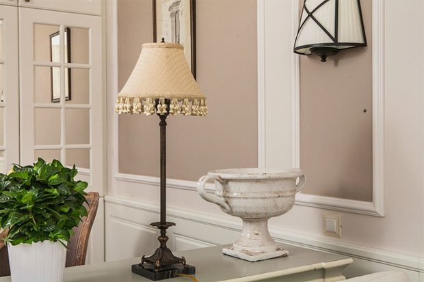 Фотография: Мебель и свет в стиле Прованс и Кантри, Декор интерьера, Декор дома, Праздник, Камин, Биокамин – фото на INMYROOM