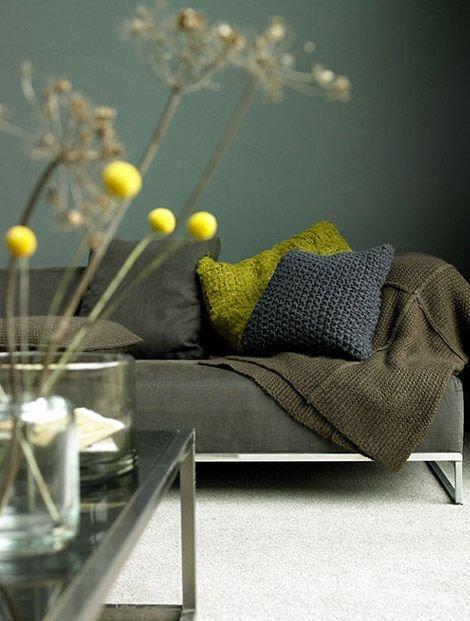 Фотография: Гостиная в стиле Лофт, Декор интерьера, Дизайн интерьера, Цвет в интерьере – фото на INMYROOM