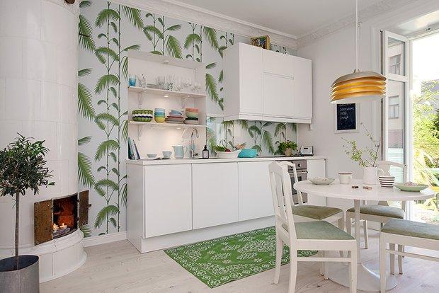 Фотография: Кухня и столовая в стиле Скандинавский, Современный, Малогабаритная квартира, Квартира, Швеция, Мебель и свет, Дома и квартиры, Белый – фото на INMYROOM