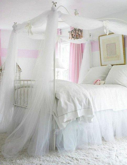 Фотография: Спальня в стиле Прованс и Кантри, Скандинавский, Декор интерьера, Интерьер комнат, Кровать – фото на INMYROOM