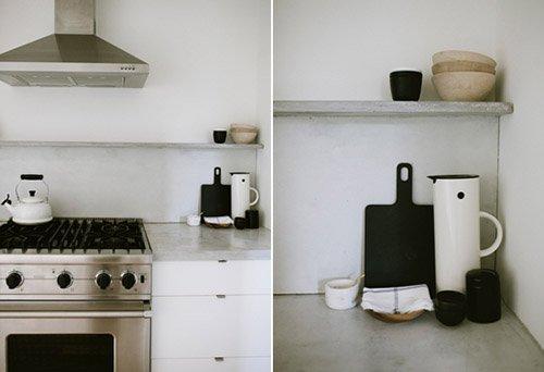 Фотография:  в стиле , Кухня и столовая, Минимализм, Переделка, ИКЕА, кухня в стиле минимализм, как оформить кухню в стиле минимализм, минималистичная кухня, кухонный гарнитур от ИКЕА, переделка кухни – фото на INMYROOM