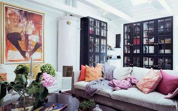 Фотография: Гостиная в стиле Скандинавский, Эклектика, Декор интерьера, Квартира, Аксессуары, Декор, Мебель и свет – фото на INMYROOM