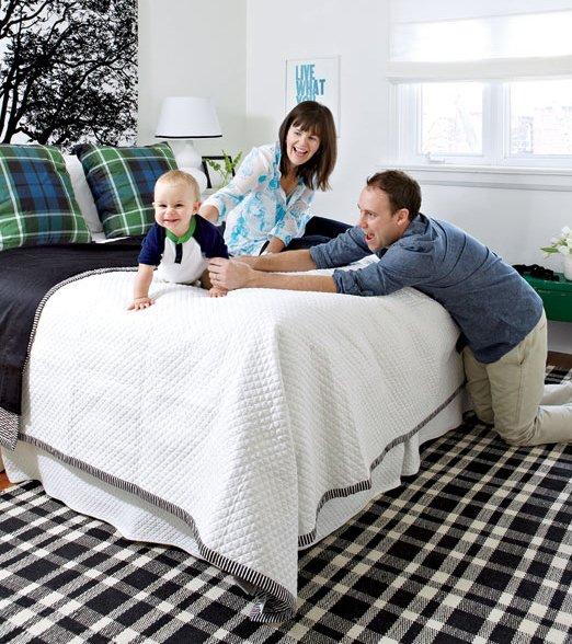 Фотография: Спальня в стиле Современный, Декор интерьера, Дом, Цвет в интерьере, Дома и квартиры, Стены, Синий – фото на INMYROOM