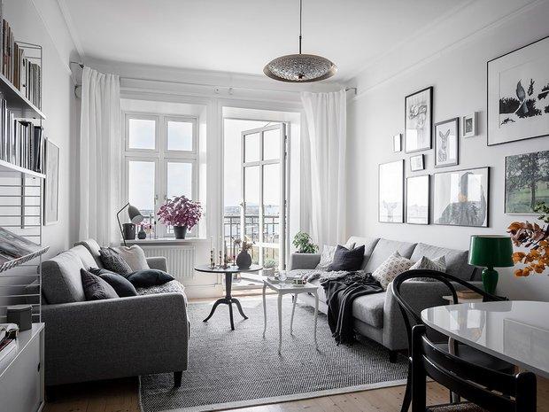 Фотография: Гостиная в стиле Скандинавский, Декор интерьера, Квартира, Швеция, Белый, Черный, Стокгольм, ИКЕА, хранение вещей, хранение в ванной комнате, 3 комнаты, 60-90 метров – фото на INMYROOM