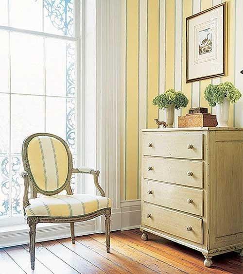Фотография: Спальня в стиле Прованс и Кантри, Малогабаритная квартира, Интерьер комнат, Советы, Зеркала – фото на INMYROOM