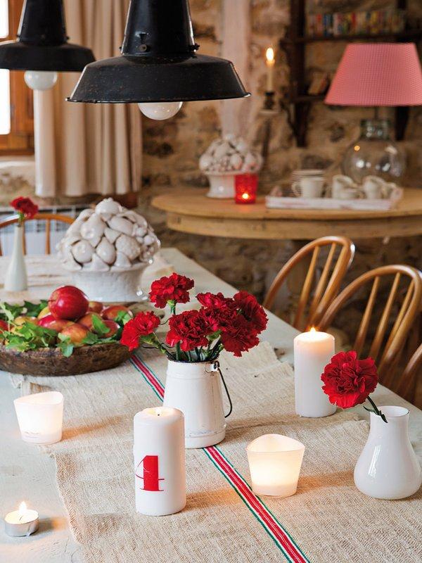 Фотография:  в стиле , Прованс и Кантри, Декор интерьера, Дом, Аксессуары, Красный – фото на InMyRoom.ru