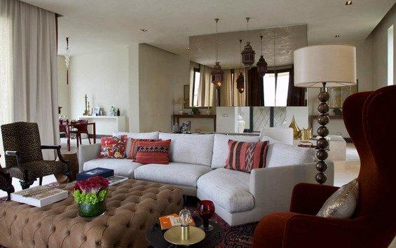 Фотография: Гостиная в стиле Прованс и Кантри, Индустрия, Люди – фото на INMYROOM