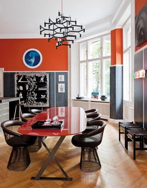 Фотография: Кухня и столовая в стиле Современный, Эклектика, Декор интерьера, Дизайн интерьера, Цвет в интерьере, Оранжевый – фото на InMyRoom.ru