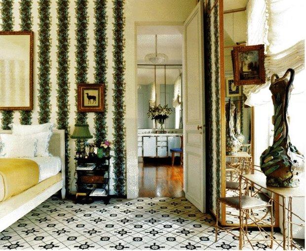 Фотография: Спальня в стиле Восточный, Декор интерьера, Франция, Антиквариат, Цвет в интерьере, Индустрия, Люди, История дизайна, Ампир – фото на INMYROOM