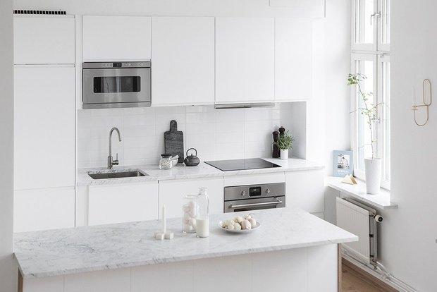 Фотография: Кухня и столовая в стиле Скандинавский, Перепланировка – фото на INMYROOM