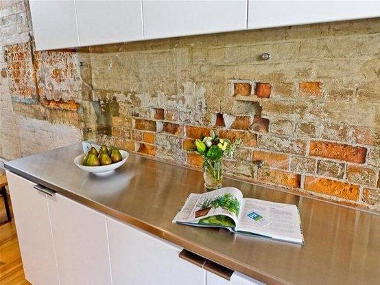 Фотография: Кухня и столовая в стиле Классический, Декор интерьера, Дом, Декор дома, Плитка, Мозаика, Кухонный фартук – фото на INMYROOM