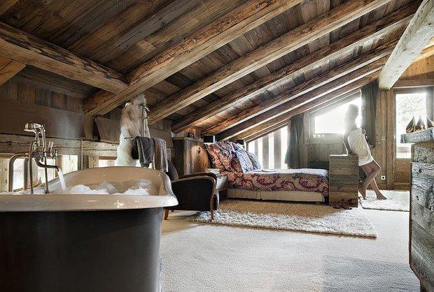 Фотография: Спальня в стиле , Дом, Праздник, Дома и квартиры, Новый Год, Шале, Фасад – фото на INMYROOM