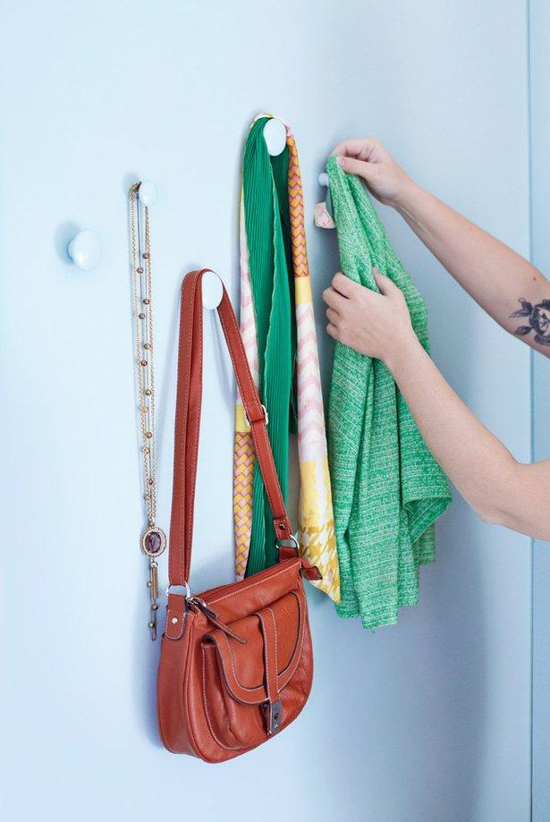 Фотография: Кабинет в стиле Лофт, Малогабаритная квартира, Советы, лайфхаки, хранение вещей, организация хранения – фото на INMYROOM