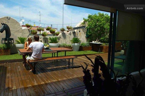 Фотография: Гостиная в стиле Восточный, Квартира, Дома и квартиры, Барселона, Airbnb – фото на INMYROOM